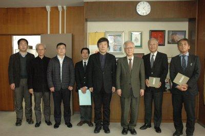 東北師範大学副校長らが表敬訪問2