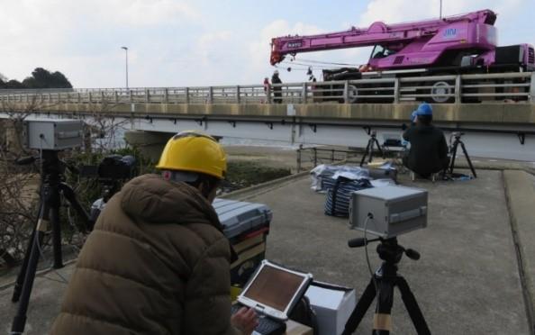 サンプリングモアレカメラを用いた構造物の変位分布計測