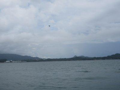 遠隔飛行および採水試験