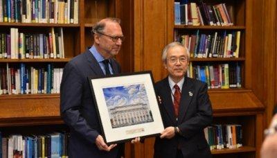 Director of LSHTM, Prof. Peter Piot and President Kohno1