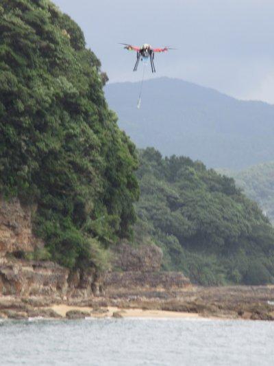 AKABOTの採水飛行試験