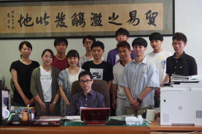 深浦経済学部長と成田ゼミ1年生