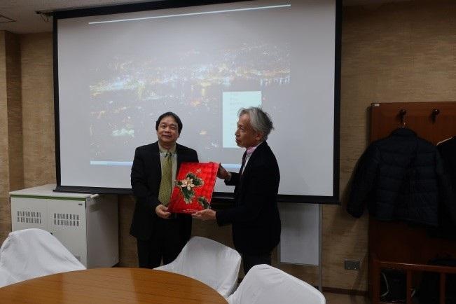 Dang Nguyen Anh副院長と赤石理事